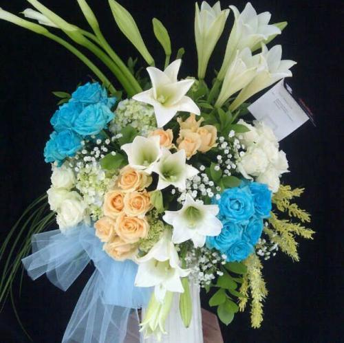Karangan Bunga (2)