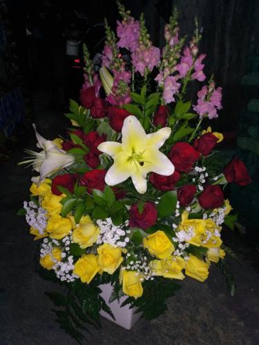 Karangan Bunga (6)